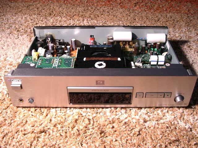 Sony SCD-XB940 1