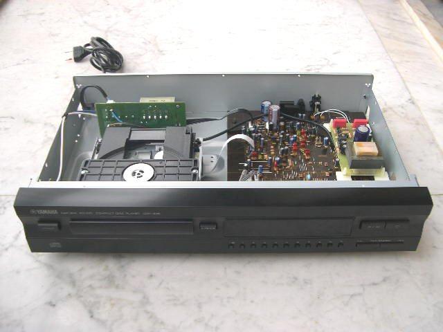 Yamaha CDX-396 1